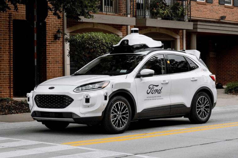 Ford vai lançar carro sem motorista em 2021